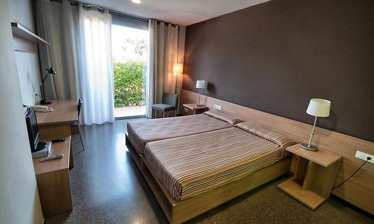 Sala Fumatori Aeroporto Barcellona : Agora residence barcellona